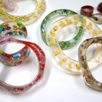 Embedded Clear Resin Jewellery Classes in Sydney