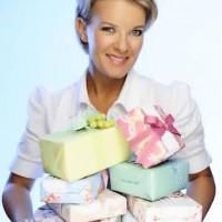 Jane Means Gift Wrapping Workshops in Sydney