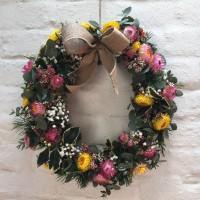 Christmas Wreath Making Workshop in SydneyChristmas Wreath Making Workshops in Sydney